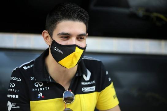 Esteban Ocon (FRA) Renault F1 Team. 29.11.2020. Formula 1 World Championship, Rd 15, Bahrain Grand Prix, Sakhir, Bahrain, Race Day. - www.xpbimages.com, EMail: requests@xpbimages.com © Copyright: Charniaux / XPB Images