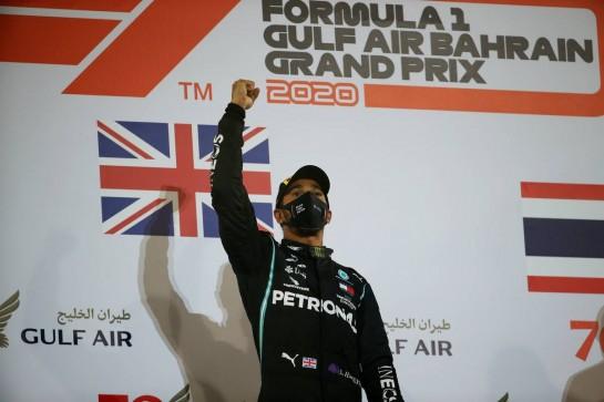 1st place Lewis Hamilton (GBR) Mercedes AMG F1 W11.29.11.2020. Formula 1 World Championship, Rd 15, Bahrain Grand Prix, Sakhir, Bahrain, Race Day.- www.xpbimages.com, EMail: requests@xpbimages.com © Copyright: Batchelor / XPB Images