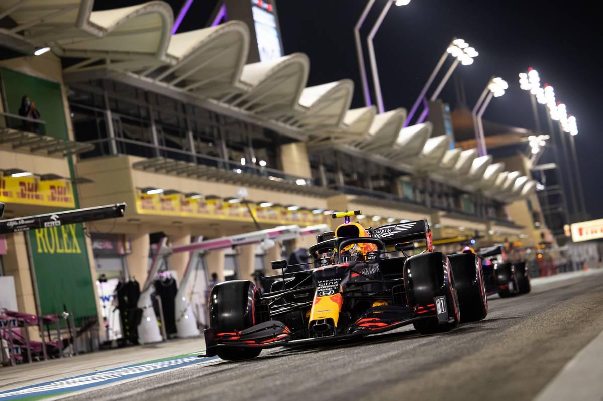 Alexander Albon (THA) Red Bull Racing RB16. 05.12.2020. Formula 1 World Championship, Rd 16, Sakhir Grand Prix,