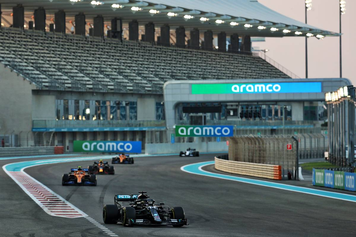 Lewis Hamilton (GBR) Mercedes AMG F1 W11. 13.12.2020. Formula 1 World Championship, Rd 17, Abu Dhabi Grand Prix, Yas Marina Circuit