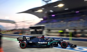 Mercedes: Still 'questions marks' over who will drive in Abu Dhabi