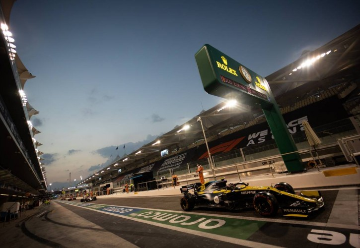 Esteban Ocon (FRA) Renault F1 Team RS20. 12.12.2020. Formula 1 World Championship, Rd 17, Abu Dhabi Grand Prix