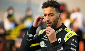 'Proud' Ricciardo signs off at Renault with fastest lap