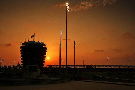 Circuit atmosphere - sunset over the track. 03.12.2020. Formula 1 World Championship, Rd 16, Sakhir Grand Prix, Sakhir, Bahrain, Preparation Day. - www.xpbimages.com, EMail: requests@xpbimages.com © Copyright: Moy / XPB Images