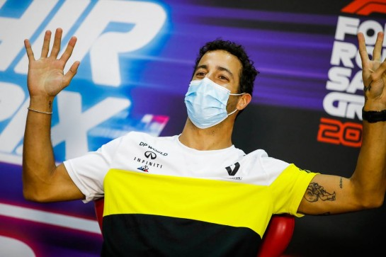 Daniel Ricciardo (AUS) Renault F1 Team in the FIA Press Conference. 03.12.2020. Formula 1 World Championship, Rd 16, Sakhir Grand Prix, Sakhir, Bahrain, Preparation Day. - www.xpbimages.com, EMail: requests@xpbimages.com © Copyright: FIA Pool Image for Editorial Use Only