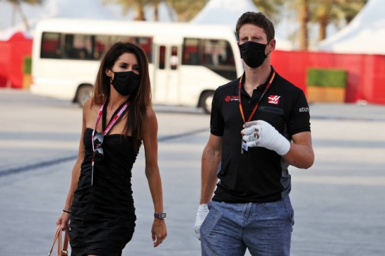 Romain Grosjean (FRA) Haas F1 Team with his wife Marion Grosjean (FRA).
