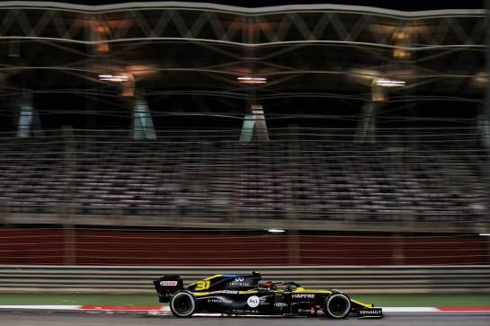 Esteban Ocon (FRA) Renault F1 Team RS20. 05.12.2020. Formula 1 World Championship, Rd 16, Sakhir Grand Prix, Sakhir, Bahrain, Qualifying Day. - www.xpbimages.com, EMail: requests@xpbimages.com © Copyright: Batchelor / XPB Images