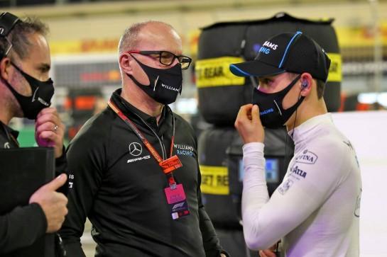 Jack Aitken (GBR) / (KOR) Williams Racing on the grid with Simon Roberts (GBR) Williams Racing F1 Acting Team Principal. 06.12.2020. Formula 1 World Championship, Rd 16, Sakhir Grand Prix, Sakhir, Bahrain, Race Day. - www.xpbimages.com, EMail: requests@xpbimages.com © Copyright: Batchelor / XPB Images