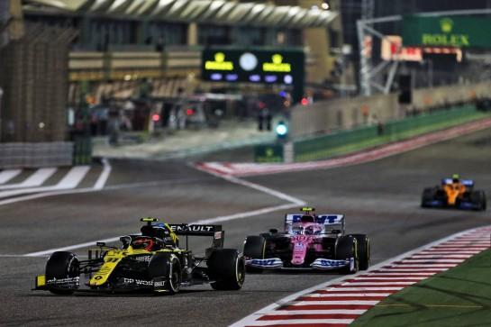 Esteban Ocon (FRA) Renault F1 Team RS20. 06.12.2020. Formula 1 World Championship, Rd 16, Sakhir Grand Prix, Sakhir, Bahrain, Race Day. - www.xpbimages.com, EMail: requests@xpbimages.com © Copyright: Moy / XPB Images