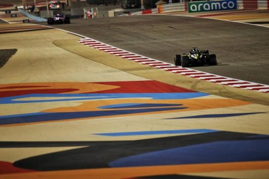 Esteban Ocon (FRA) Renault F1 Team RS20. 06.12.2020. Formula 1 World Championship, Rd 16, Sakhir Grand Prix, Sakhir, Bahrain, Race Day. - www.xpbimages.com, EMail: requests@xpbimages.com © Copyright: Batchelor / XPB Images