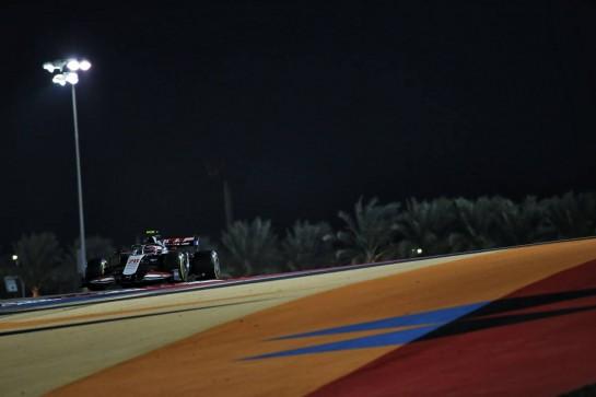 Kevin Magnussen (DEN) Haas VF-20. 06.12.2020. Formula 1 World Championship, Rd 16, Sakhir Grand Prix, Sakhir, Bahrain, Race Day. - www.xpbimages.com, EMail: requests@xpbimages.com © Copyright: Batchelor / XPB Images
