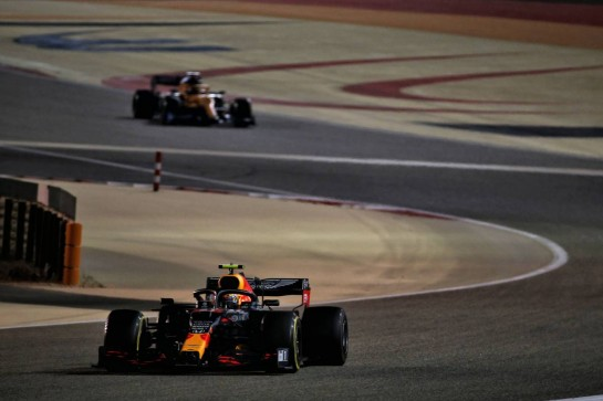 Alexander Albon (THA) Red Bull Racing RB16. 06.12.2020. Formula 1 World Championship, Rd 16, Sakhir Grand Prix, Sakhir, Bahrain, Race Day. - www.xpbimages.com, EMail: requests@xpbimages.com © Copyright: Batchelor / XPB Images