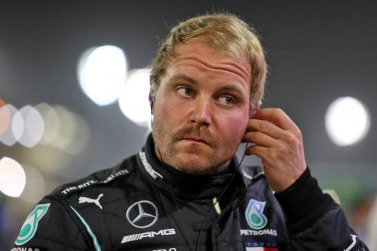 Valtteri Bottas (FIN) Mercedes AMG F1 on the grid. 06.12.2020. Formula 1 World Championship, Rd 16, Sakhir Grand Prix, Sakhir, Bahrain, Race Day. - www.xpbimages.com, EMail: requests@xpbimages.com © Copyright: Moy / XPB Images