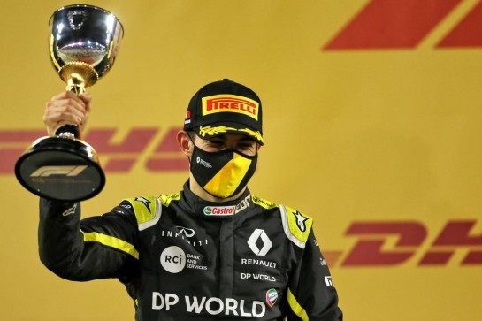 Esteban Ocon (FRA) Renault F1 Team celebrates his second position on the podium. 06.12.2020. Formula 1 World Championship, Rd 16, Sakhir Grand Prix, Sakhir, Bahrain, Race Day. - www.xpbimages.com, EMail: requests@xpbimages.com © Copyright: Charniaux / XPB Images