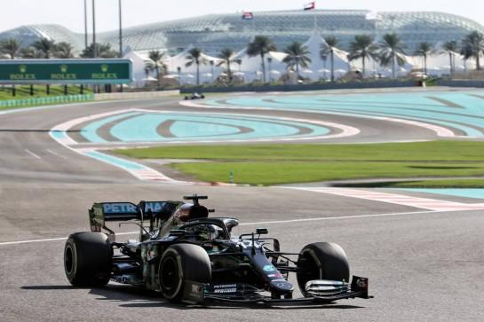 Lewis Hamilton (GBR) Mercedes AMG F1 W11. 11.12.2020. Formula 1 World Championship, Rd 17, Abu Dhabi Grand Prix, Yas Marina Circuit, Abu Dhabi, Practice Day. - www.xpbimages.com, EMail: requests@xpbimages.com © Copyright: Batchelor / XPB Images