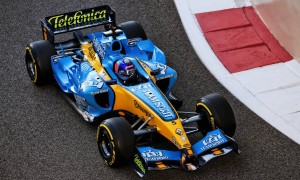 Video: Alonso and Renault revive the past in Abu Dhabi