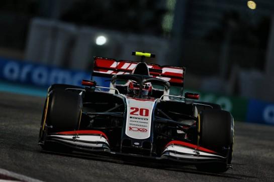 Kevin Magnussen (DEN) Haas VF-20. 11.12.2020. Formula 1 World Championship, Rd 17, Abu Dhabi Grand Prix, Yas Marina Circuit, Abu Dhabi, Practice Day. - www.xpbimages.com, EMail: requests@xpbimages.com © Copyright: Moy / XPB Images