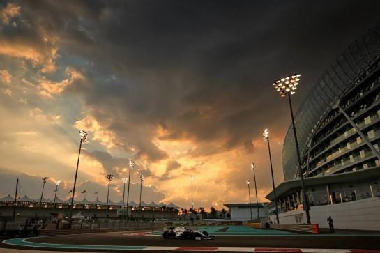 Nicholas Latifi (CDN) Williams Racing FW43. 12.12.2020. Formula 1 World Championship, Rd 17, Abu Dhabi Grand Prix, Yas Marina Circuit, Abu Dhabi, Qualifying Day. - www.xpbimages.com, EMail: requests@xpbimages.com © Copyright: Moy / XPB Images