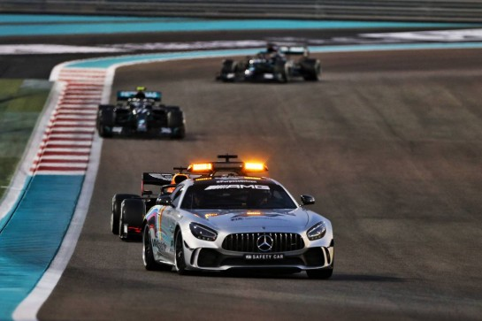 Max Verstappen (NLD) Red Bull Racing RB16 leads behind the FIA Safety Car. 13.12.2020. Formula 1 World Championship, Rd 17, Abu Dhabi Grand Prix, Yas Marina Circuit, Abu Dhabi, Race Day. - www.xpbimages.com, EMail: requests@xpbimages.com © Copyright: Moy / XPB Images