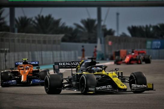 Daniel Ricciardo (AUS) Renault F1 Team RS20. 13.12.2020. Formula 1 World Championship, Rd 17, Abu Dhabi Grand Prix, Yas Marina Circuit, Abu Dhabi, Race Day. - www.xpbimages.com, EMail: requests@xpbimages.com © Copyright: Batchelor / XPB Images
