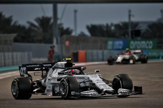 Pierre Gasly (FRA) AlphaTauri AT01. 13.12.2020. Formula 1 World Championship, Rd 17, Abu Dhabi Grand Prix, Yas Marina Circuit, Abu Dhabi, Race Day. - www.xpbimages.com, EMail: requests@xpbimages.com © Copyright: Batchelor / XPB Images