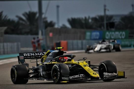 Esteban Ocon (FRA) Renault F1 Team RS20. 13.12.2020. Formula 1 World Championship, Rd 17, Abu Dhabi Grand Prix, Yas Marina Circuit, Abu Dhabi, Race Day. - www.xpbimages.com, EMail: requests@xpbimages.com © Copyright: Batchelor / XPB Images