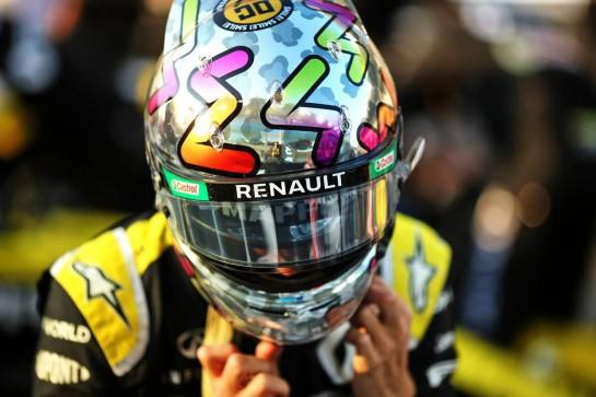 Daniel Ricciardo (AUS) Renault F1 Team. 13.12.2020. Formula 1 World Championship, Rd 17, Abu Dhabi Grand Prix, Yas Marina Circuit, Abu Dhabi, Race Day. - www.xpbimages.com, EMail: requests@xpbimages.com © Copyright: Charniaux / XPB Images
