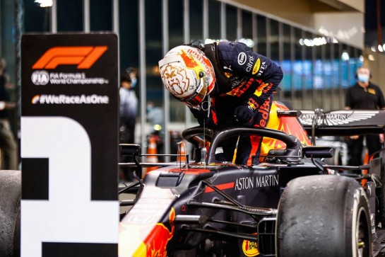 Race winner Max Verstappen (NLD) Red Bull Racing RB16 in parc ferme. 13.12.2020. Formula 1 World Championship, Rd 17, Abu Dhabi Grand Prix, Yas Marina Circuit, Abu Dhabi, Race Day. - www.xpbimages.com, EMail: requests@xpbimages.com © Copyright: FIA Pool Image for Editorial Use Only