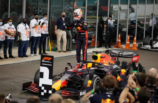 Race winner Max Verstappen (NLD) Red Bull Racing RB16 celebrates in parc ferme. 13.12.2020. Formula 1 World Championship, Rd 17, Abu Dhabi Grand Prix, Yas Marina Circuit, Abu Dhabi, Race Day. - www.xpbimages.com, EMail: requests@xpbimages.com © Copyright: FIA Pool Image for Editorial Use Only