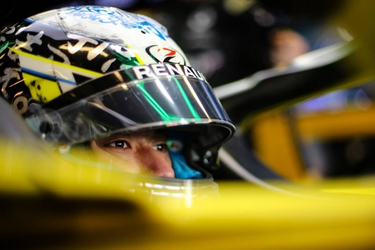 Guanyu Zhou (CHN) Renault F1 Team RS20 Test Driver. 15.12.2020. Formula 1 Testing, Yas Marina Circuit, Abu Dhabi, Tuesday. - www.xpbimages.com, EMail: requests@xpbimages.com © Copyright: Charniaux / XPB Images
