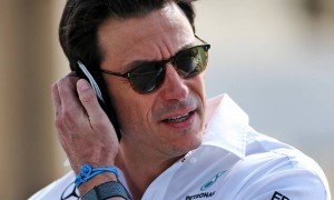 Wolff says three-year commitment to Mercedes is 'misunderstanding'