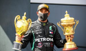 Mercedes offer to Hamilton is 'morally limited' - Lammers