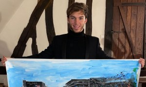 Gasly collects his first Grand Master painting