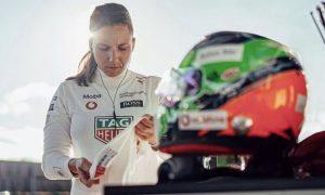 De Silvestro confirms Indy 500 return with Paretta