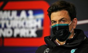 Wolff tests positive for COVID as Hamilton talks continue