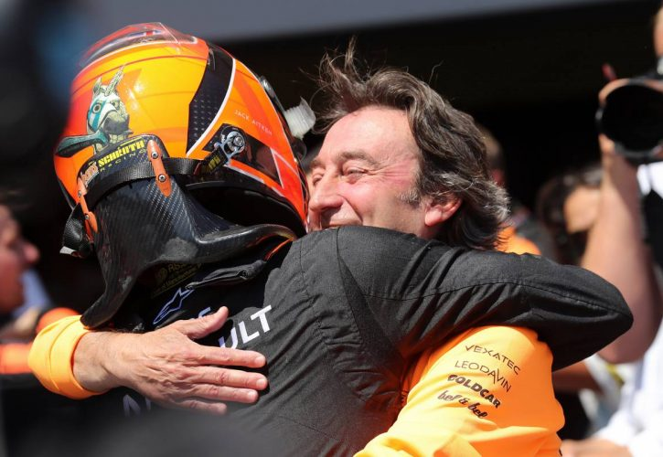 Race 2, Jack Aitken (GBR) Campos Racing race winner with Adrian Campos (ESP), Campos 27.04.2019. FIA Formula 2 Championship, Rd 2, Baku
