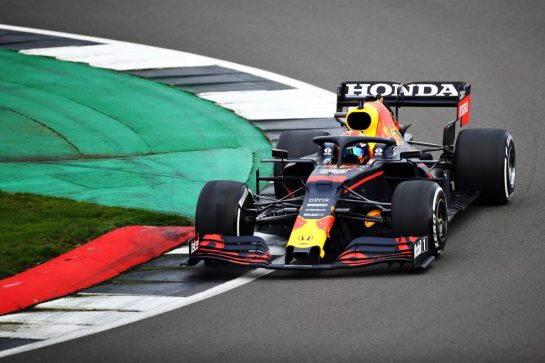 NORTHAMPTON, ENGLAND - FEBRUARY 24: Alexander Albon of Thailand driving the Red Bull Racing RB15 Honda during the Red Bull Racing Filming Day at Silverstone on February 24, 2021 in Northampton, England. (Photo by Bryn Lennon/Getty Images for Red Bull Racing) // Getty Images / Red Bull Content Pool  // SI202102240113 // Usage for editorial use only //