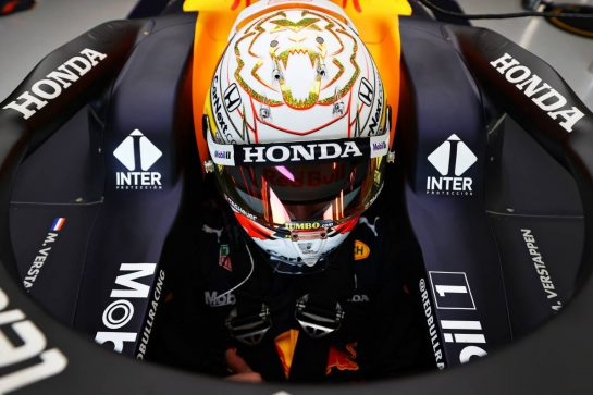 NORTHAMPTON, ENGLAND - FEBRUARY 24: Max Verstappen of Netherlands and Red Bull Racing prepares to drive in the garage during the Red Bull Racing Filming Day at Silverstone on February 24, 2021 in Northampton, England. (Photo by Mark Thompson/Getty Images for Red Bull Racing) // Getty Images / Red Bull Content Pool  // SI202102240146 // Usage for editorial use only //
