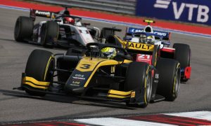 Alpine hopeful of promoting juniors to F1 with non-affiliated teams