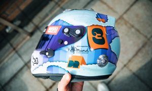 Ricciardo unveils new 'All Good All Ways' 2021 helmet