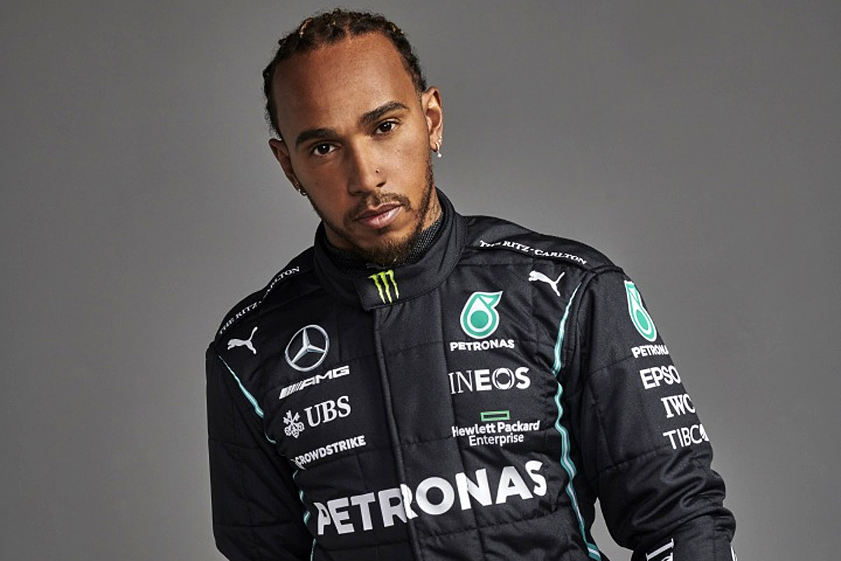 One-year deal 'not a distraction' for Hamilton
