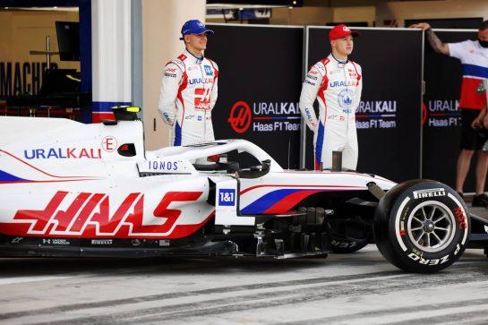 12.03.2021. Formula 1 Testing, Sakhir, Bahrain, Day One. - www.xpbimages.com, EMail: requests@xpbimages.com © Copyright: Bearne / XPB Images
