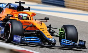 Ricciardo tops opening session in Bahrain - Mercedes suffers setback