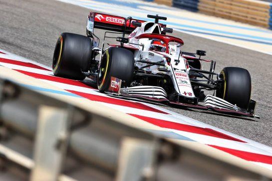 Kimi Raikkonen (FIN) Alfa Romeo Racing C41. 12.03.2021. Formula 1 Testing, Sakhir, Bahrain, Day One. - www.xpbimages.com, EMail: requests@xpbimages.com © Copyright: Charniaux / XPB Images