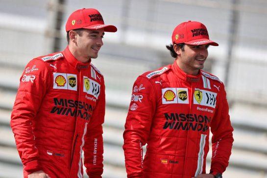 (L to R): Charles Leclerc (MON) Ferrari with Carlos Sainz Jr (ESP) Ferrari. 12.03.2021. Formula 1 Testing, Sakhir, Bahrain, Day One. - www.xpbimages.com, EMail: requests@xpbimages.com © Copyright: Moy / XPB Images