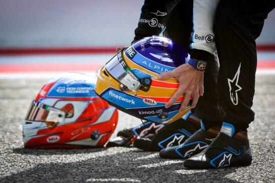 Fernando Alonso (ESP), Alpine F1 Team and Esteban Ocon (FRA), Alpine F1 Team 12.03.2021. Formula 1 Testing, Sakhir, Bahrain, Day One.- www.xpbimages.com, EMail: requests@xpbimages.com © Copyright: Charniaux / XPB Images