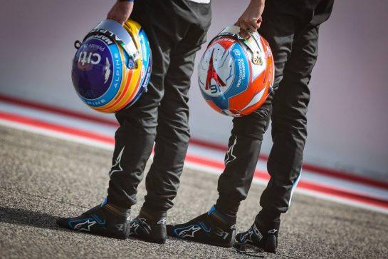 Esteban Ocon (FRA), Alpine F1 Team and Fernando Alonso (ESP), Alpine F1 Team 12.03.2021. Formula 1 Testing, Sakhir, Bahrain, Day One.- www.xpbimages.com, EMail: requests@xpbimages.com © Copyright: Charniaux / XPB Images