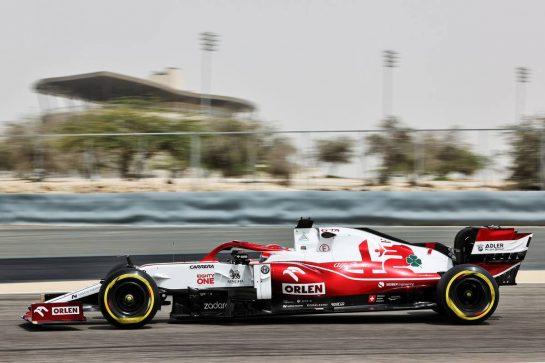 Kimi Raikkonen (FIN) Alfa Romeo Racing C41. 12.03.2021. Formula 1 Testing, Sakhir, Bahrain, Day One. - www.xpbimages.com, EMail: requests@xpbimages.com © Copyright: Batchelor / XPB Images