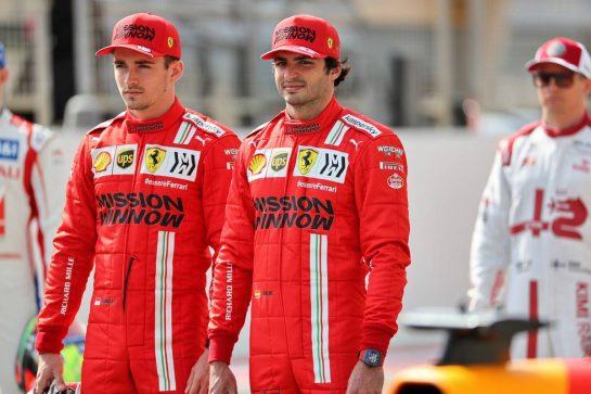 (L to R): Charles Leclerc (MON) Ferrari and Carlos Sainz Jr (ESP) Ferrari. 12.03.2021. Formula 1 Testing, Sakhir, Bahrain, Day One. - www.xpbimages.com, EMail: requests@xpbimages.com © Copyright: Batchelor / XPB Images