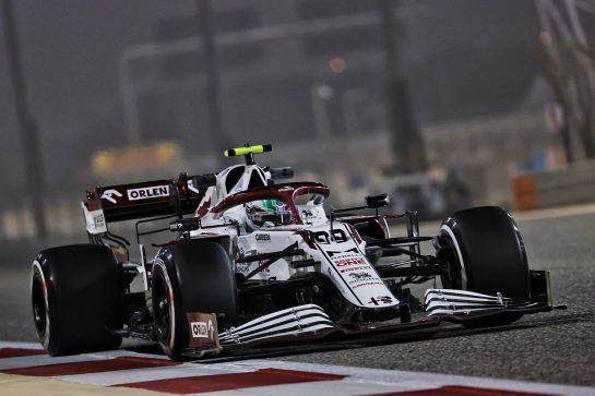Antonio Giovinazzi (ITA) Alfa Romeo Racing C41. 12.03.2021. Formula 1 Testing, Sakhir, Bahrain, Day One. - www.xpbimages.com, EMail: requests@xpbimages.com © Copyright: Batchelor / XPB Images